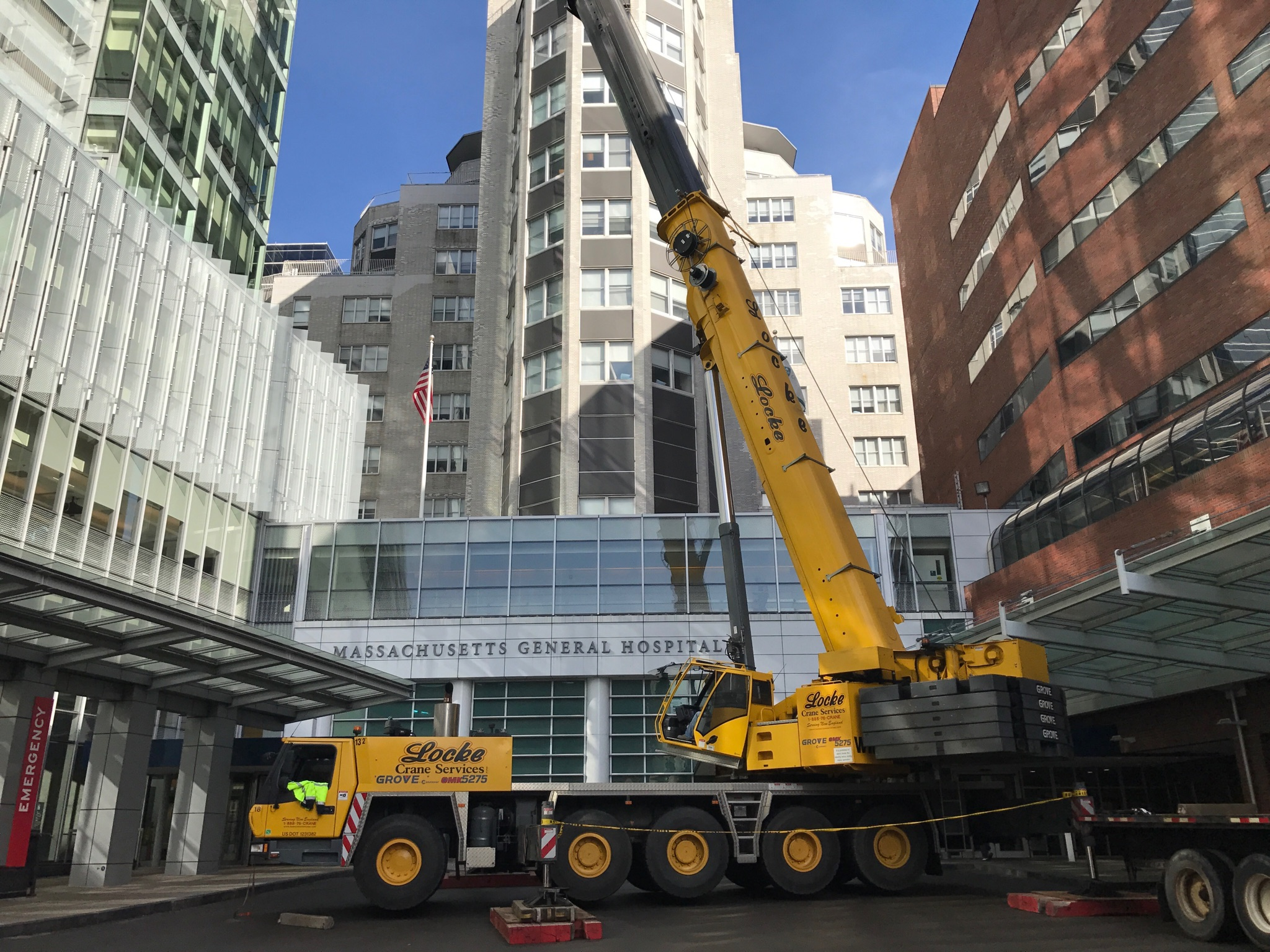 275 Ton Crane Service for rooftop units