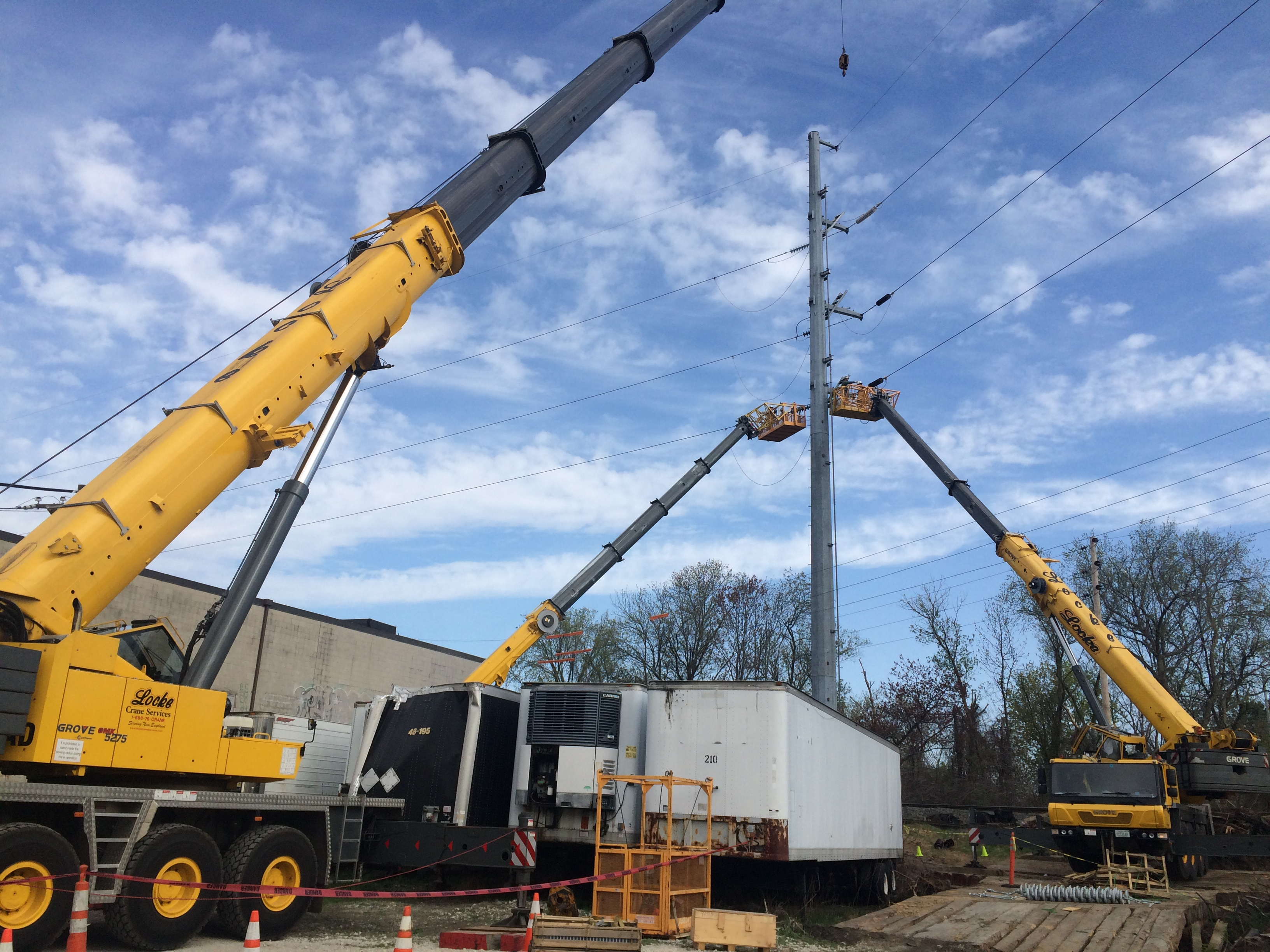 257 Ton Crane Service for Power Line